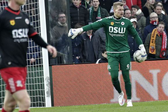 Rotterdam - voetbal Feyenoord - SBV Excelsior  -  keeper Alessandro Damen - foto Carla Vos/Cor Vos © 2015
